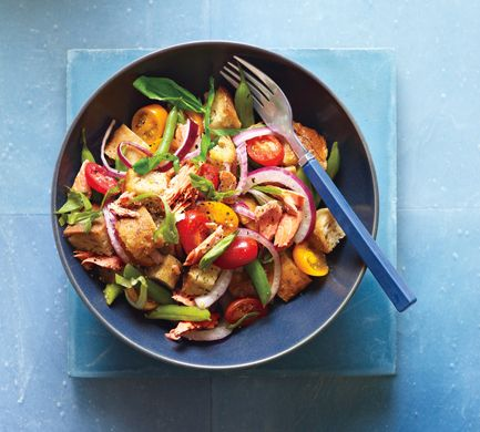 Salmon Panzanella with Green Beans, absolutely love this dish !