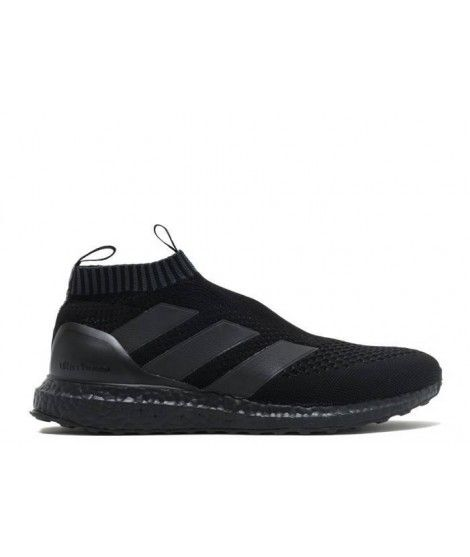 huge discount 7ed11 13342 Ultra Boost Triple Black, Adidas Football, Football Boots, Adidas Boost,  Soccer Cleats