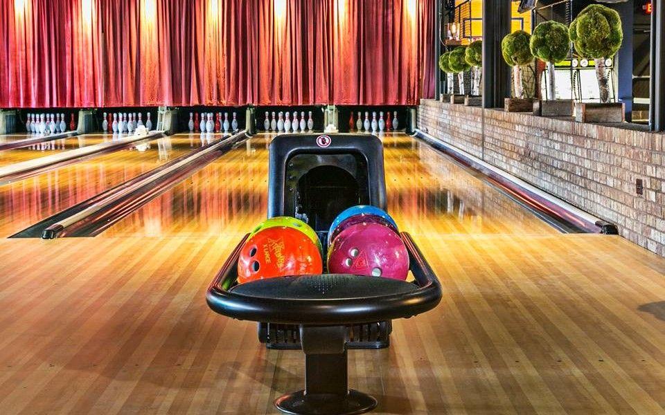 The Best Bowling Alley In Atlanta Date Night Visit Atlanta Atlanta