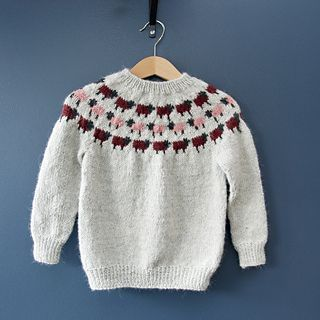 ROLLA children's sweater pattern by Selma Markúsdóttir #children'ssweaters Ravelry: ROLLA children's sweater pattern by Selma Markúsdóttir #childrenssweaters