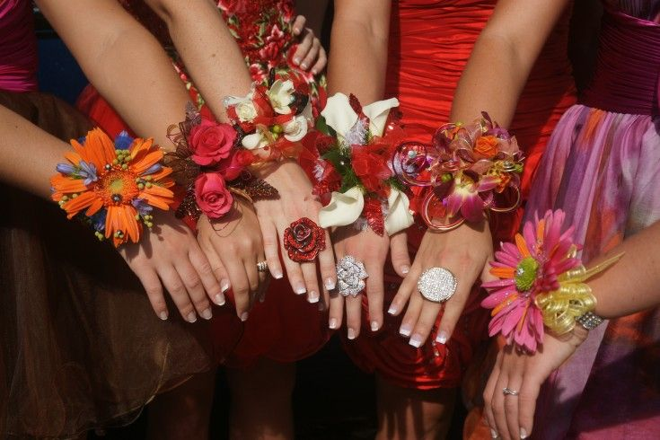 Prom Picture Ideas | Prom Time! What is your Prom Corsage Style??