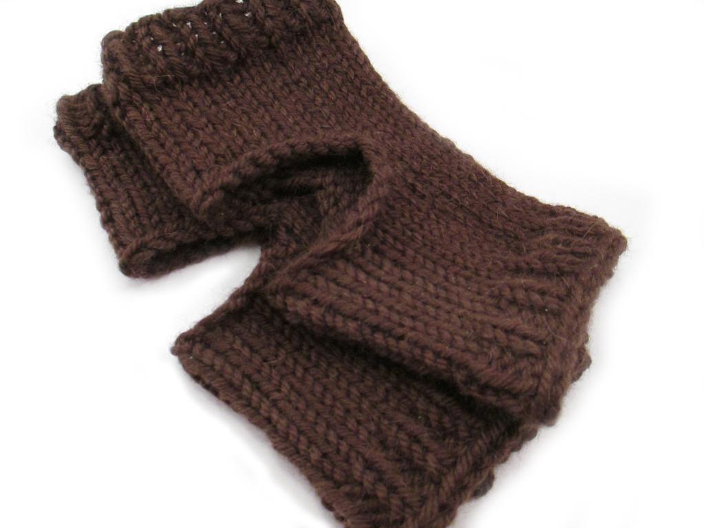 10 Yoga Socks Knitting Patterns #knittingpatternsfree # ...