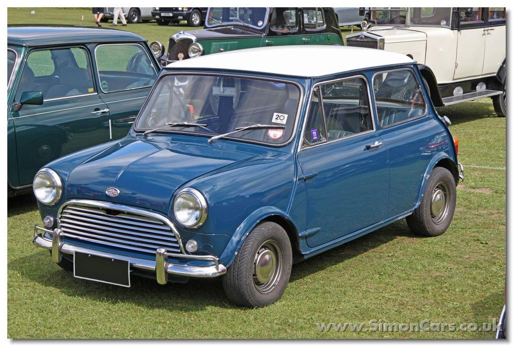 Morris Mini Cooper 1968 S Front Morris Cooper 1968 S This Australian Mini Cooper S Has Roll Up Windows In Common Wit Mini Cooper S Mini Cooper Mini Morris