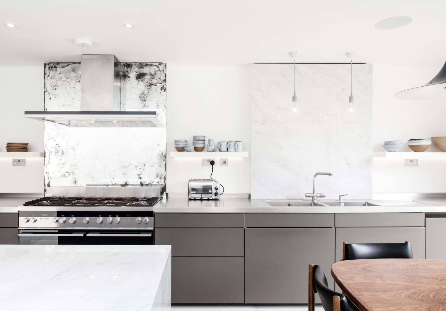 The Outdated Kitchen Trend We Think Can Make A Comeback Kitchen Trends Grey Kitchen Cabinets Kitchen Design