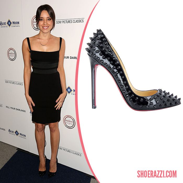 c061154af770 Aubrey Plaza in Christian Louboutin Pigalle Spikes Pumps - ShoeRazzi ...