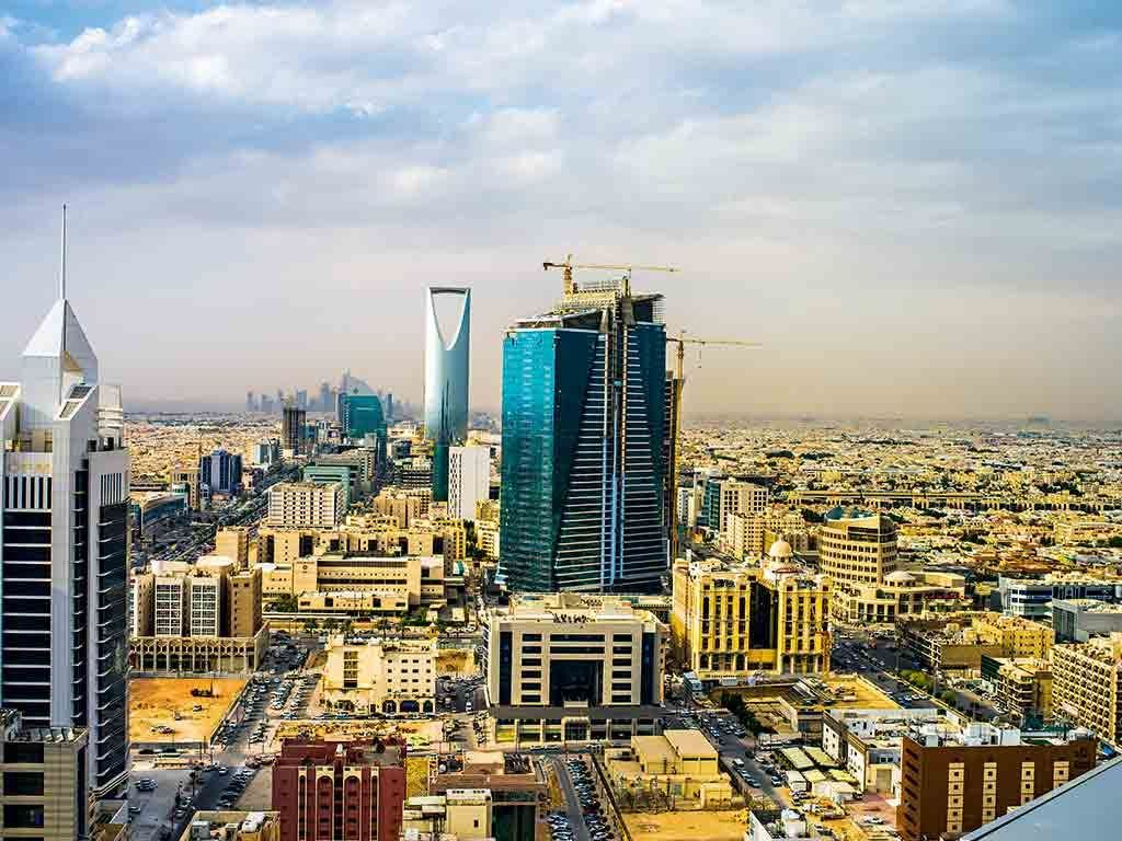 Saudi Arabia Imposes New 5 Tax On Property Deals Exempts From 15 Vat Saudi Arabia Skyline San Francisco Skyline