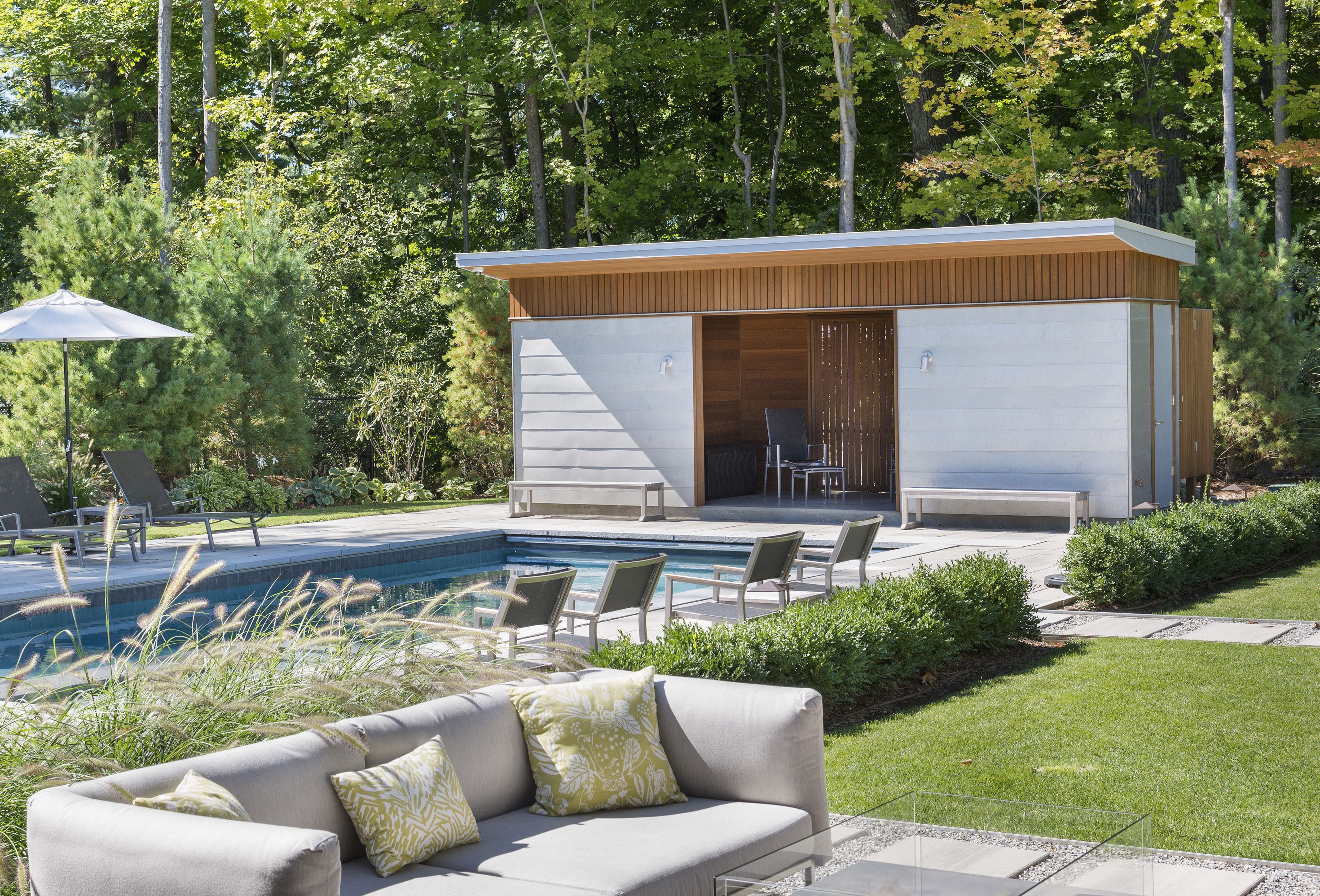 #modern #home #berkshires #outdoorliving #pool #poolhouse Flavin Architects, Nat Rea Photography