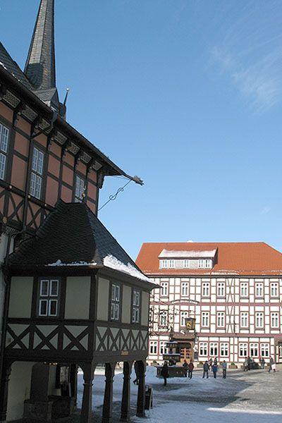 Der Eingang zum Ratskeller im Rathaus.