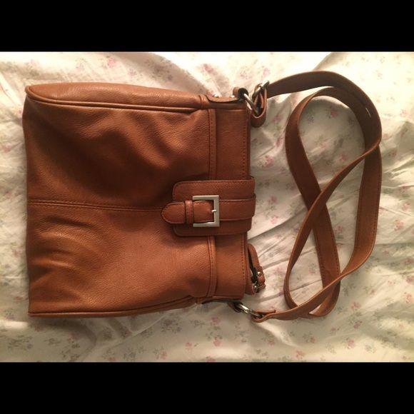 Brown crossbody purse Barely used cute crossbody! Perfect condition! Adjustable strap. Merona Bags Crossbody Bags