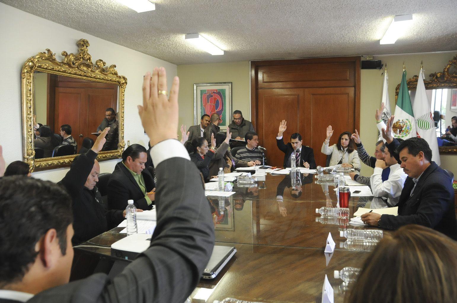 ACUERDA CABILDO DE ZACATECAS, RESTRUCTURACIÓN ADMINISTRATIVA SIN CRECER NÓMINA -  http://bit.ly/1baFw9F -
