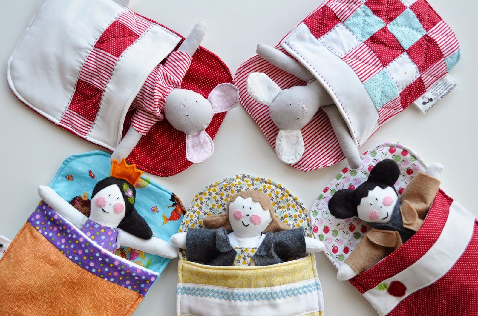 Free Doll (or mouse!) Sleeping Bag Tutorial and Cloth Doll Pattern