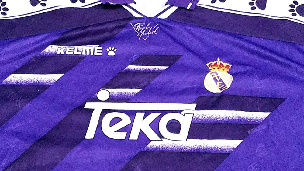 Real Madrid C F 16 17 Season Away Purple 22 Isco Soccer Jersey H398 Real Madrid Soccer Kits Soccer Jersey