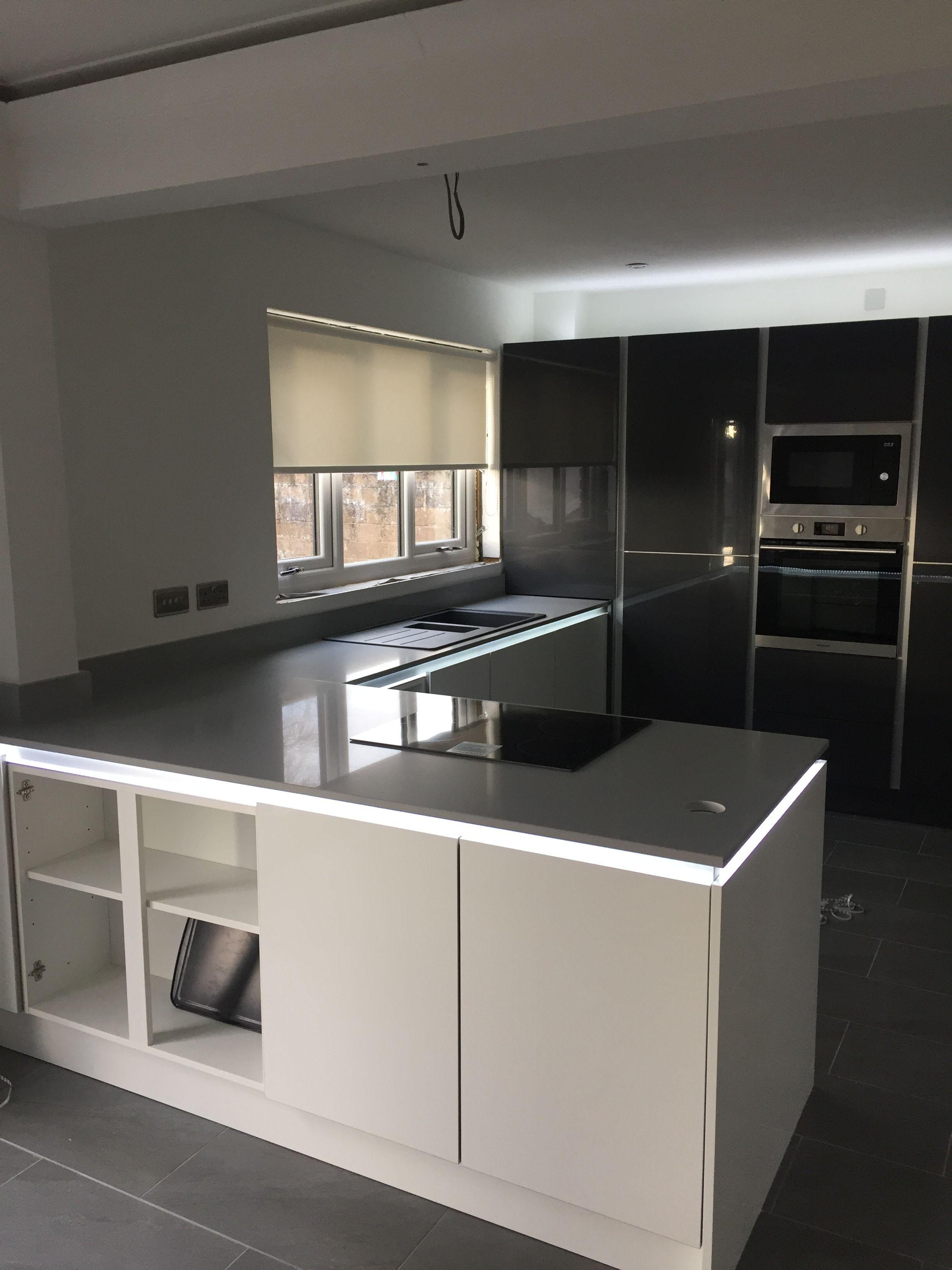 True Handless Kitchen With Hidden Leds Lights Under Worktops