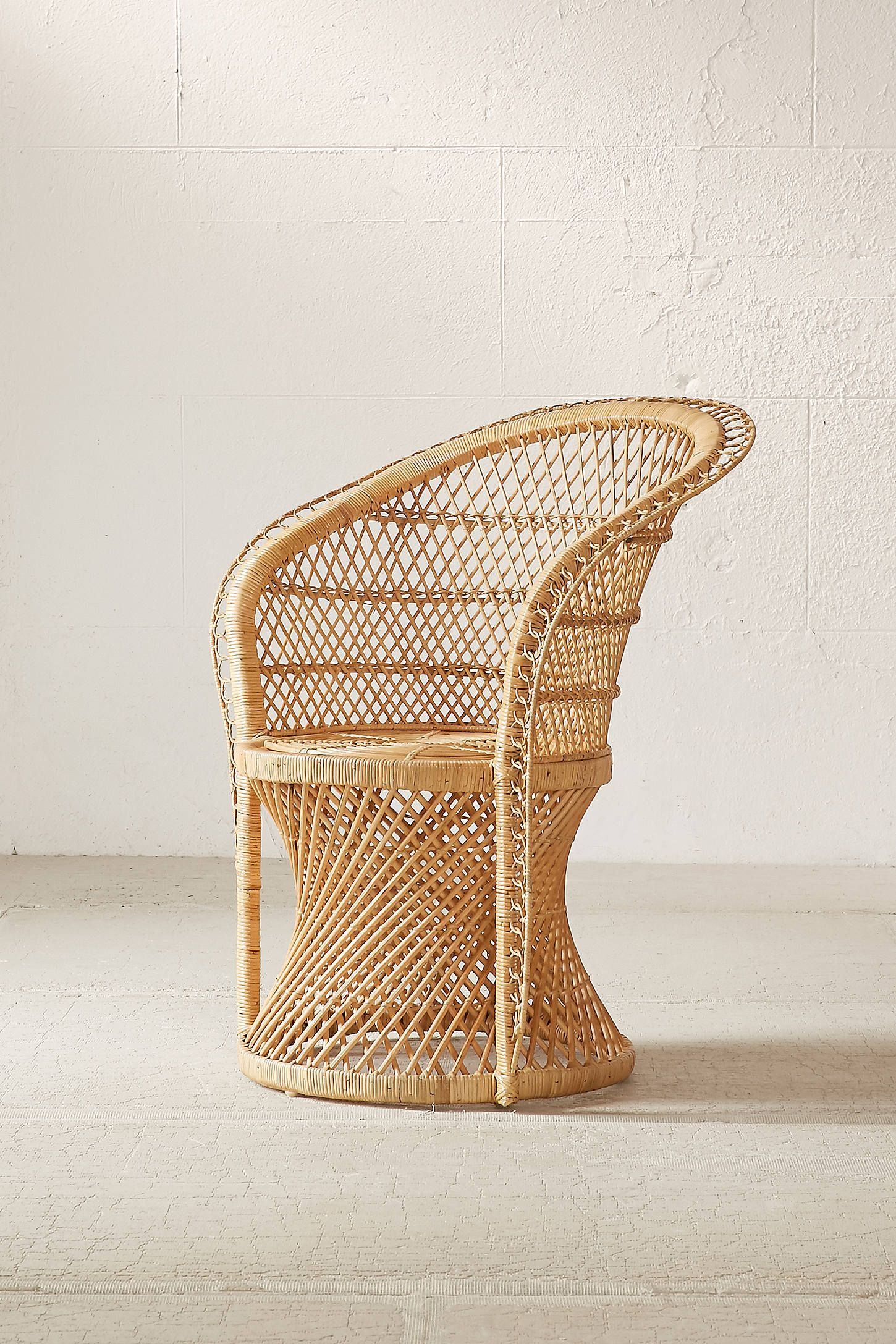 with decor chairs perfect on home inspiration rattan chair small additional round