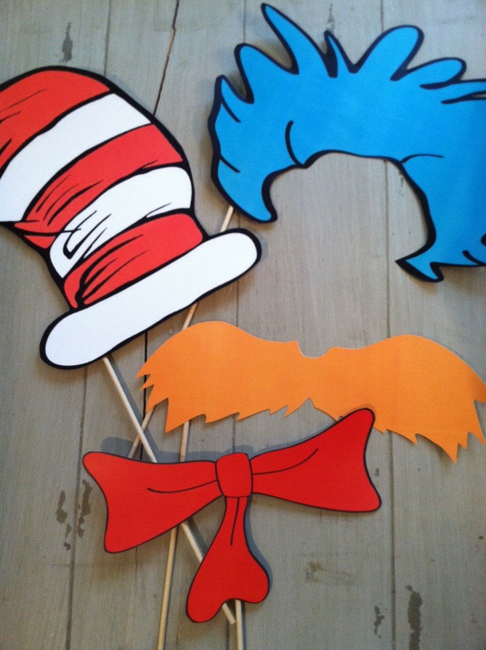 Deluxe Set Of Dr Seuss Inspired Cat In The Hat Photo Booth Party Props Dr Seuss Party Ideas Dr Seuss Birthday Party Seuss Party