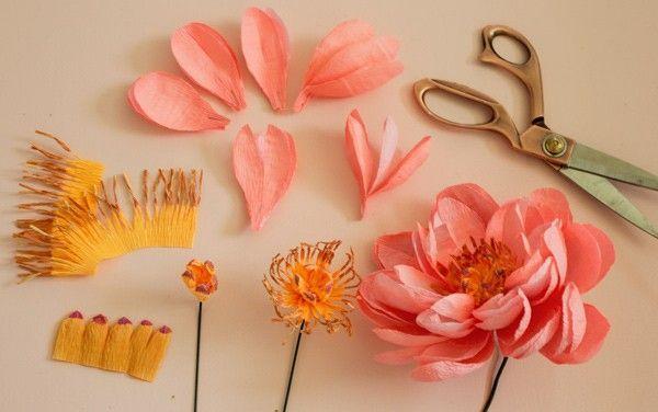 DIY Paper Flower Bouquet ⋆ Ruffled #paperflowerswedding