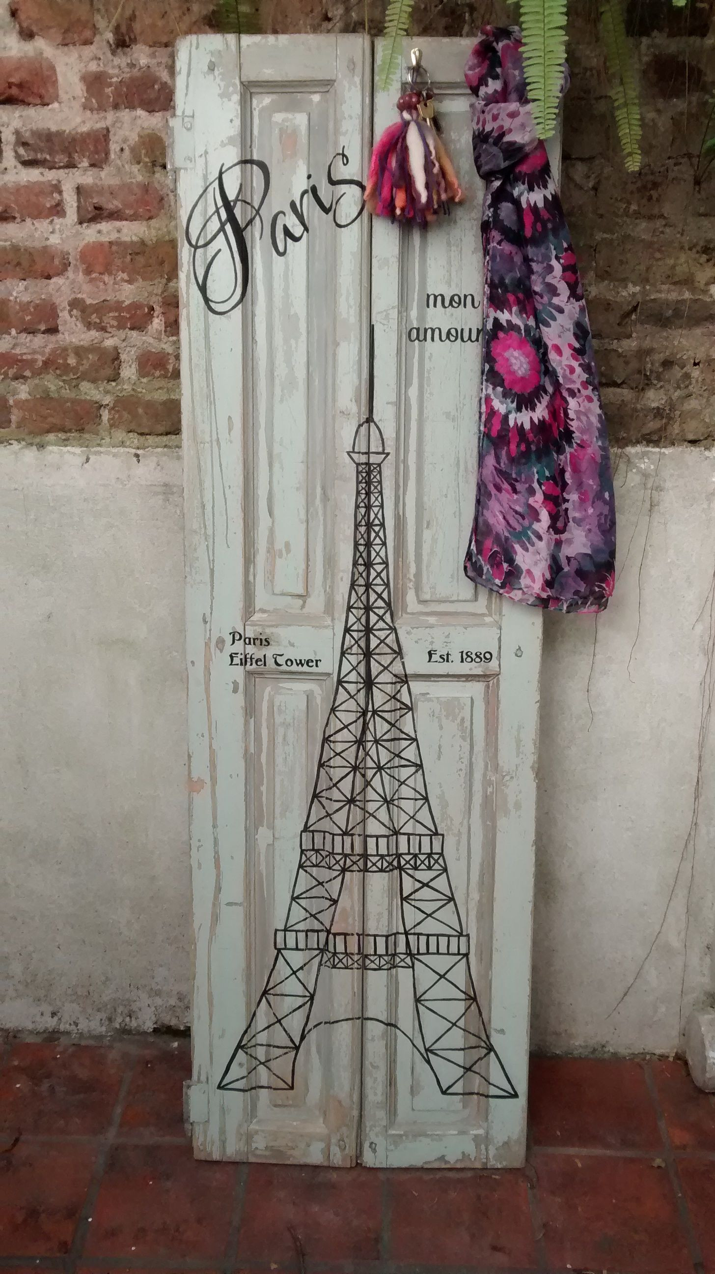 Postigo Intervenido Perchero Torre Eiffel Paris Coat Rack  # Muebles Postigo