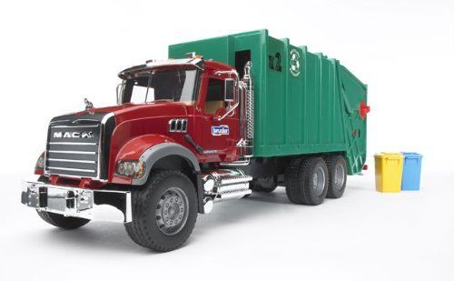Bruder 02812a 1 16 Scale Trucks By Bruder 78 95 Mack Granite Garbage Truck In Red And Green Features Include Garbage Truck Trucks Trucks Lifted Diesel