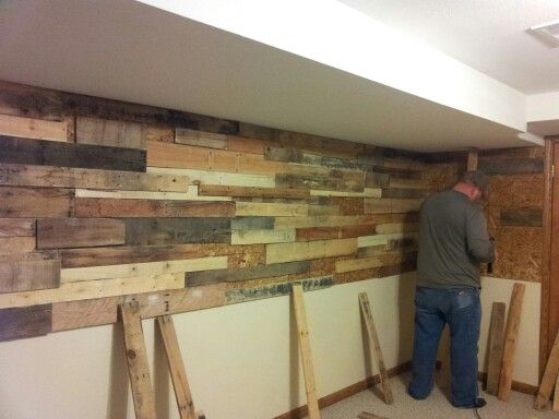 Pallet Wall Bar Back