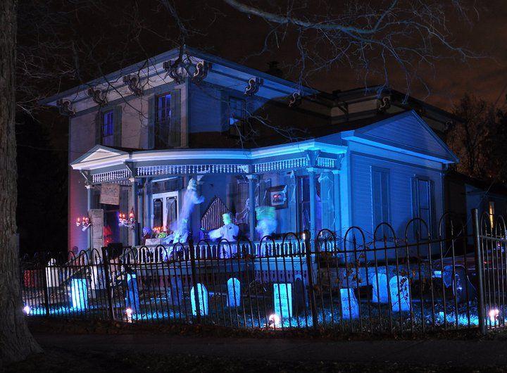 Tillson Street Halloween 2020 EventTrender: Halloween | Halloween inspiration, Scary decorations