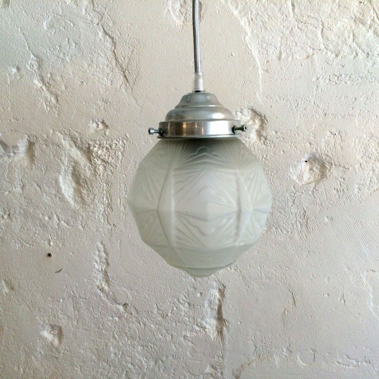 Awesome Globe Suspension Luminaire Joshkrajcik