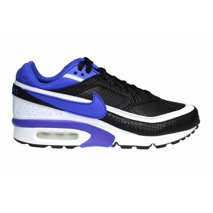 detailed look f9c09 aa9e4 ... norway the first color combination of the nike air classic black with  purple and white is