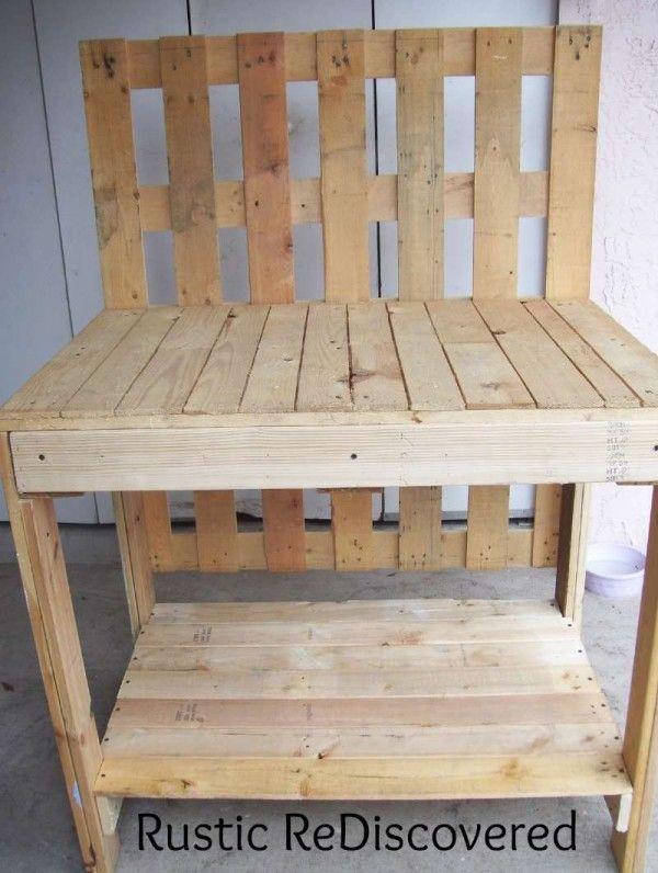 Une Belle Table De Jardinage De Travail Composé De