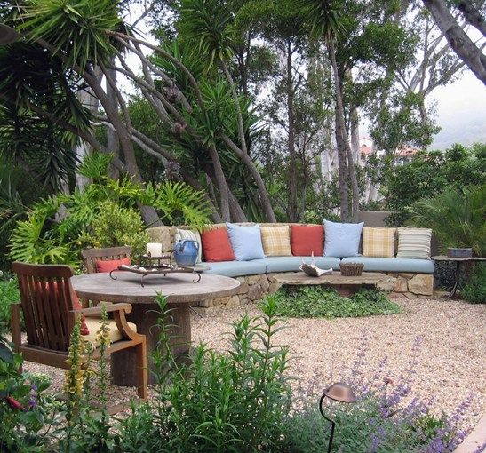 Patio, Seating Built In Seating Grace Design Associates Santa Barbara, CA