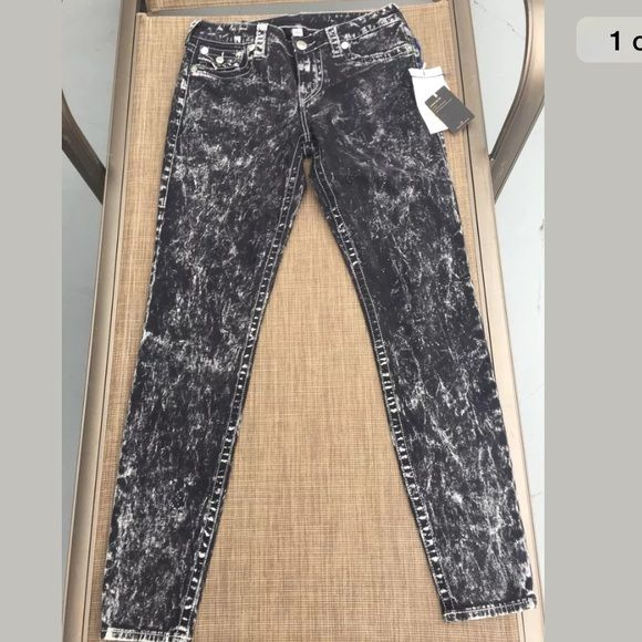 NWT True Religion Legging Bleached Acid Black 29 NWT True Religion Legging W/Flap Bleached Acid Black Size 29 x 30 True Religion Jeans Skinny