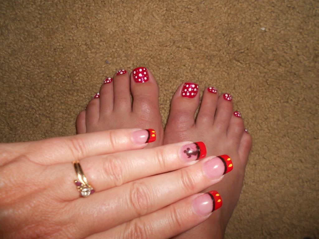 Mickey Mouse Toes - Page 11 - The DIS Discussion Forums - DISboards ...