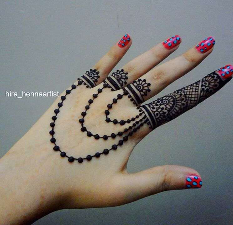 stylish and easy mehndi designs