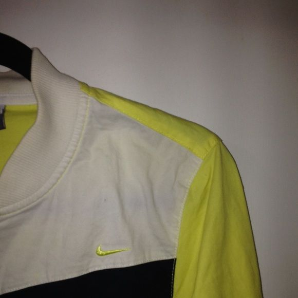 Nike Windbreaker here's a lil repost from one of my fave users :) wore this a lot! time for a new home  you'll look like a fox in this piece !  windbreaker-type jacket; fits small-med ---- prices always negotiable & open to trades!!! ✌️ Nike Jackets & Coats