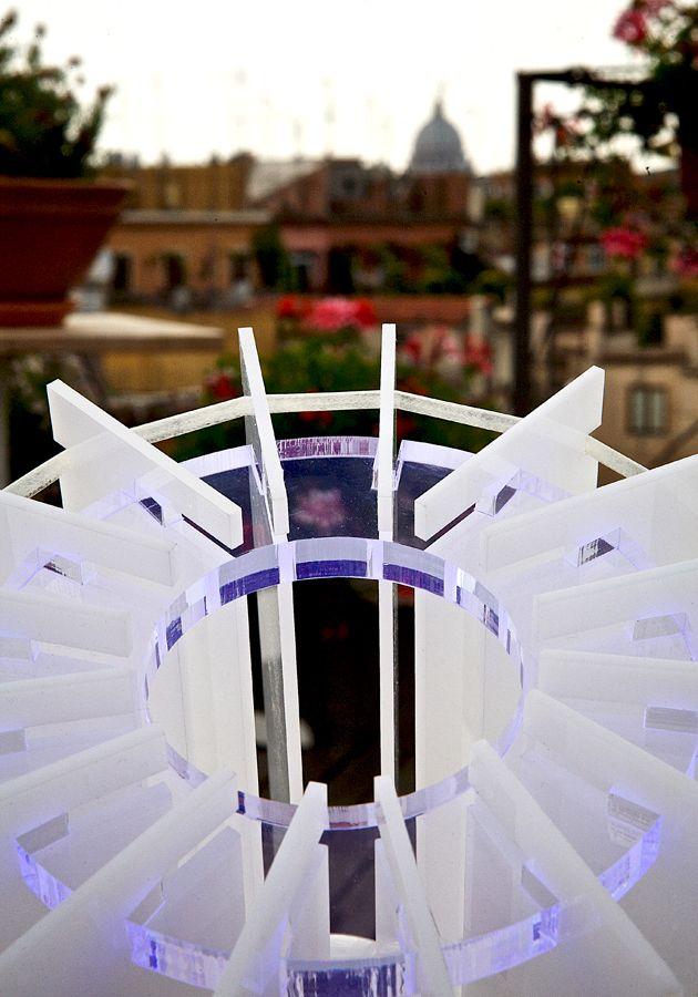 Lampada con vista. #lampada da tavolo turbina. #design #designtrasparente #plexiglass #plexiglas #illuminazione  #metacrilato #lampade #rome San pietro