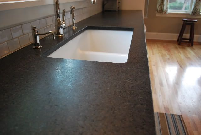 Honed Black Pearl Granite Photo