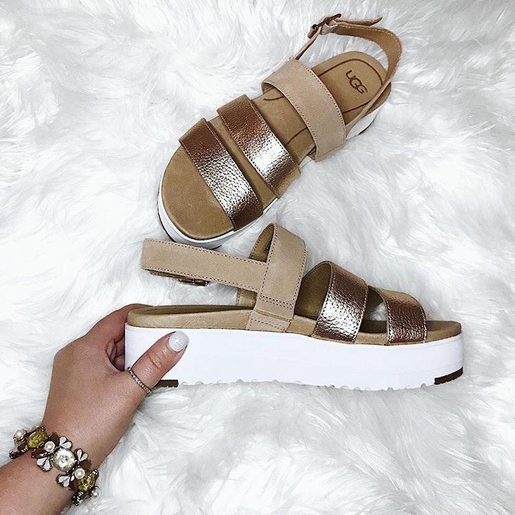 ugg braelynn flatform sandal