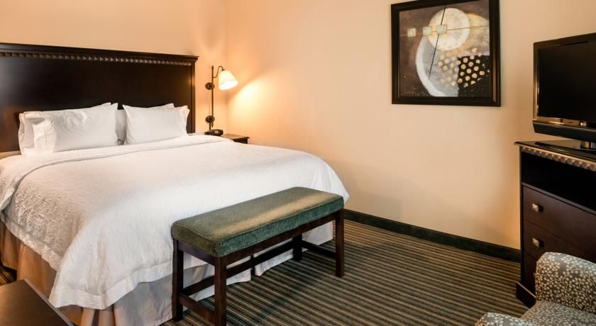 Hampton Inn & Suites National Harboralexandria Area National Best 2 Bedroom Hotel Suites In Washington Dc Decorating Design