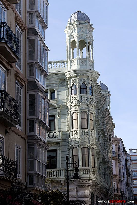 Edificio banco mercantil santander cantabria spain spain en 2018 pinterest bancos - Casas de banco santander ...