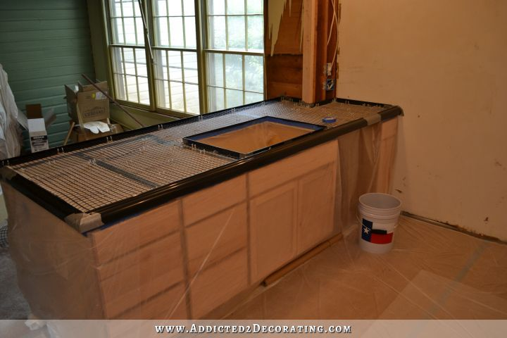 Diy Pour In Place Concrete Countertops Part 2 Addicted 2 Decorating Kitchen Design Diy Concrete Countertops Kitchen Diy Diy Concrete Countertops