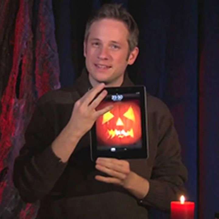 Genius Turns iPad Into Amazing Halloween Magic [EXCLUSIVE VIDEO]