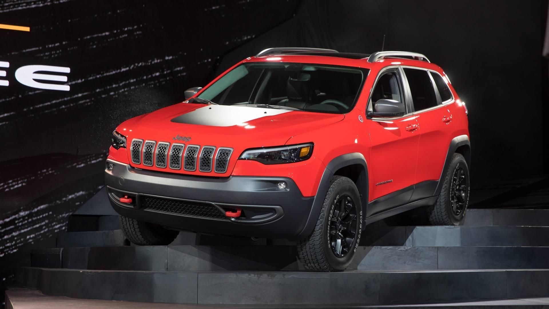 2019 Jeep Cherokee Gets A More Traditional Face Roomier Interior
