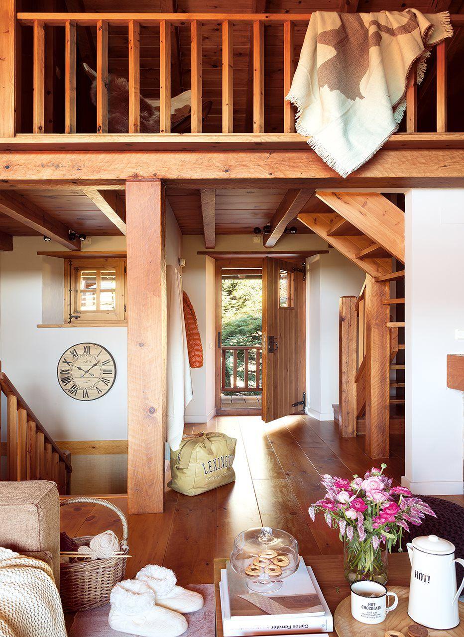 Una caba a de madera reformada casas for Interiores de caravanas reformadas