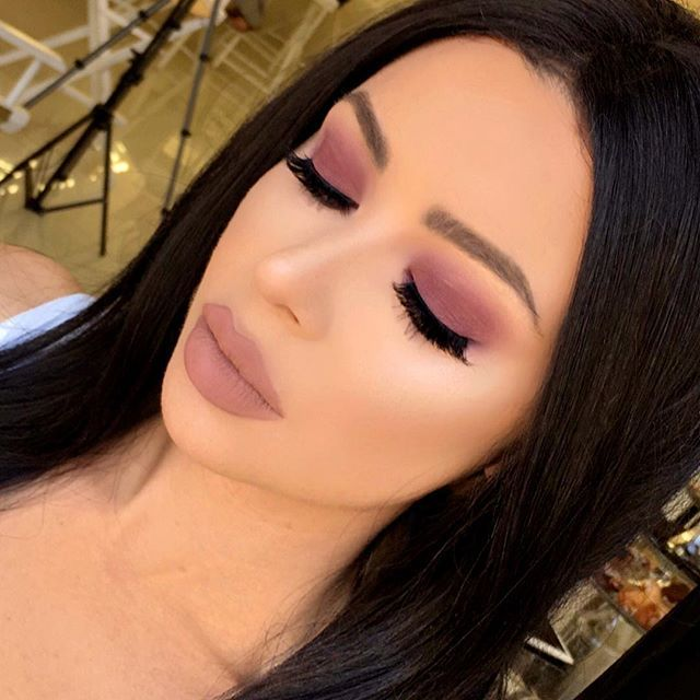 posh spice makeup. soft purple smoke using the palette! lips- in posh spice mixed with lip creme melon makeup k