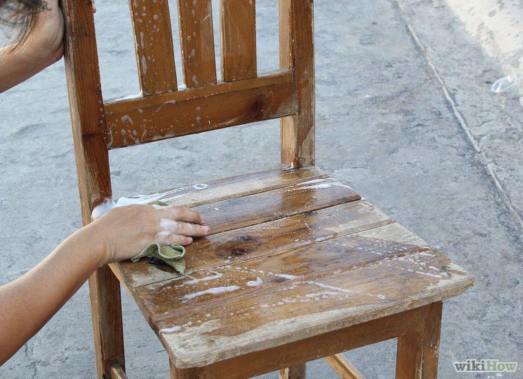 Dipingere una Vecchia Sedia di Legno | Sedia legno, Sedia