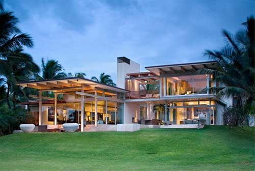 Tropical beach house design by pete bossley architects in maui house design trends
