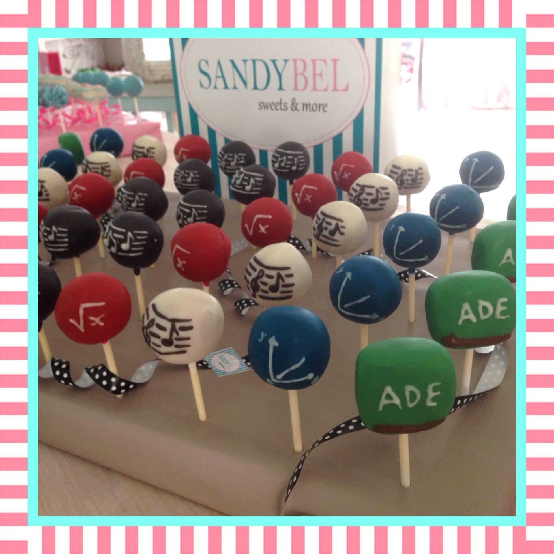 Zum Abschied für die Mathematik- und Musik Lehrerin #cakepops by #sandybel #nürnberg #fürth #sweets #mathematik #musik #schule #abschied