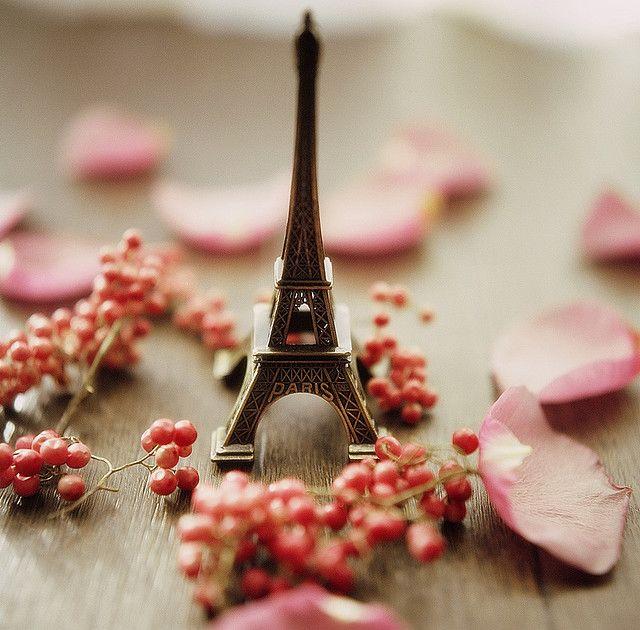 Merry Chritmas Eiffel Tower Paris Wallpaper Paris Eiffel Tower
