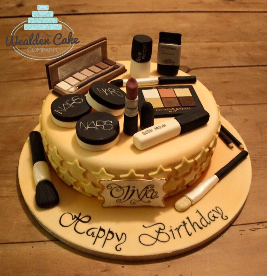 #birthday #cake #nars #mac #bobbibrown #naked #urbandecay #anistasia #makeup #vanilla