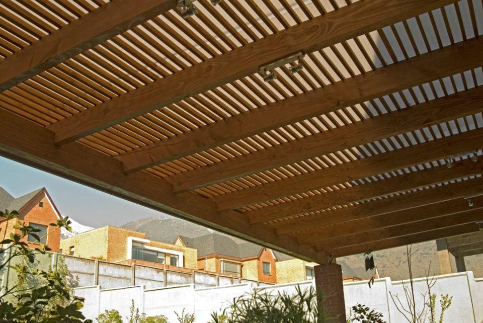 techo de listones de madera buscar con google