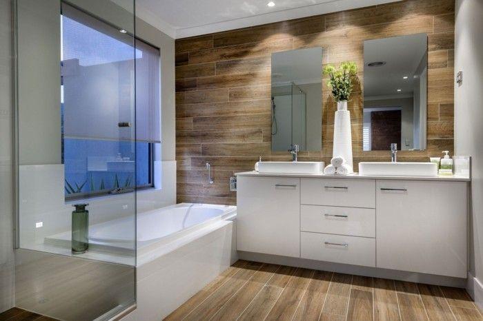 Badezimmer Holz ~ Wandgestaltung ideen badezimmer holz weiße möbel wandspiegel
