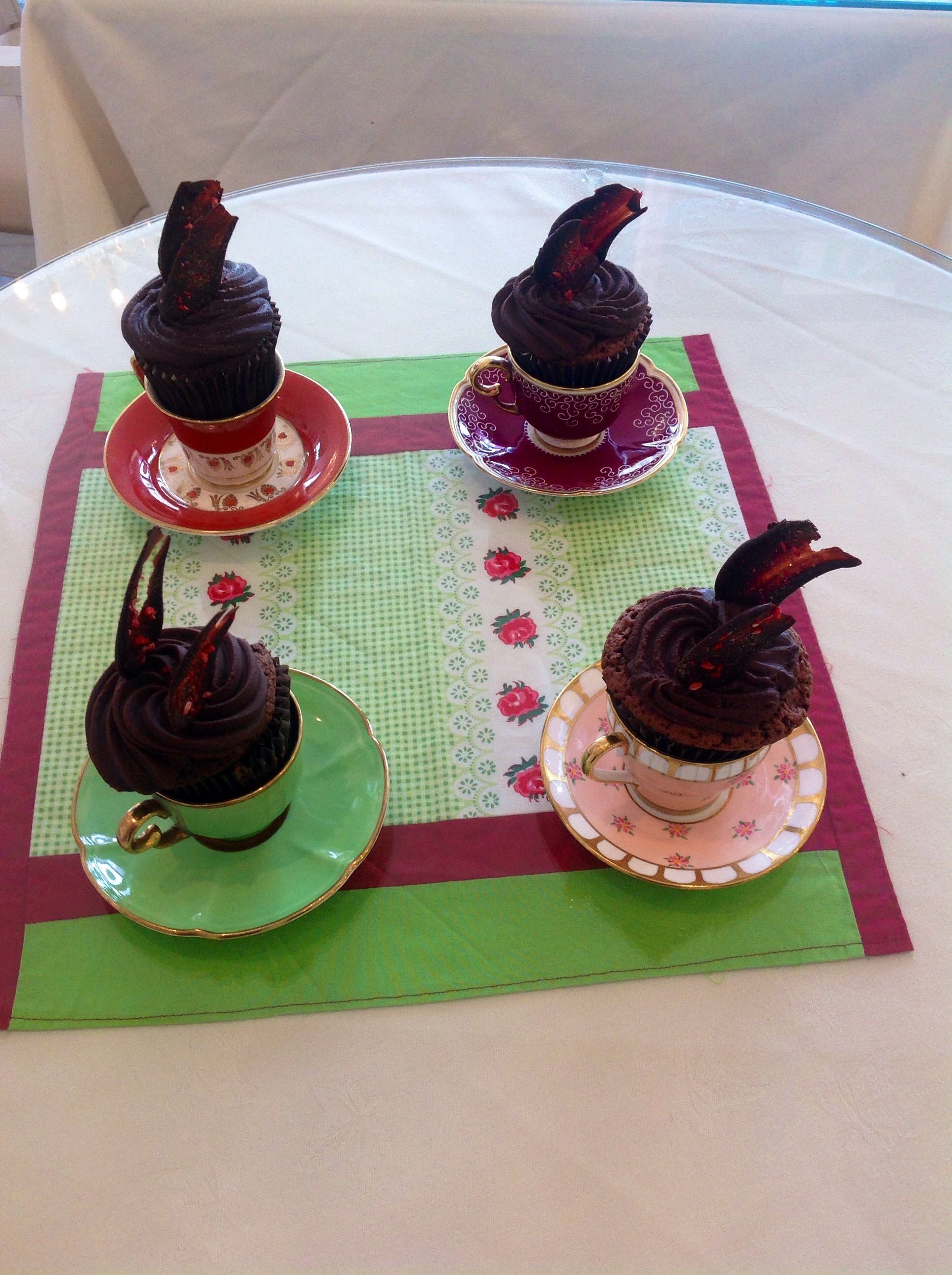 Teacups for cupcakes